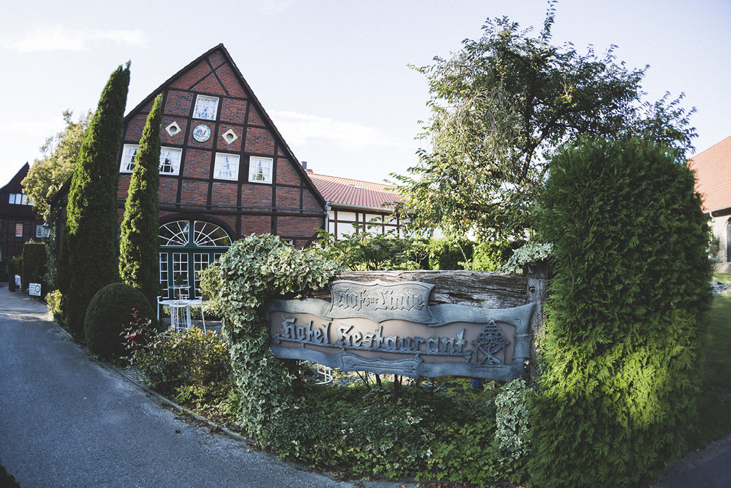 Hochzeit in Münster im Hof zur Linde. Die Bahrnausen waren als Hochzeitsfotograf in Münster unterweg.